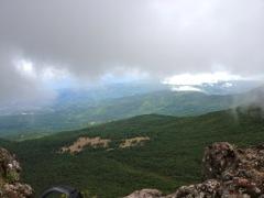 茶臼山の展望台。一気に展望が広がった